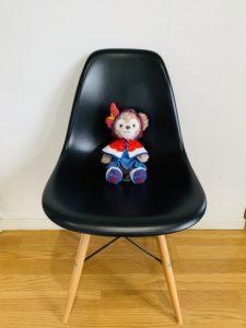 気つけてますか?椅子に座る動作。正しい椅子の座り方。